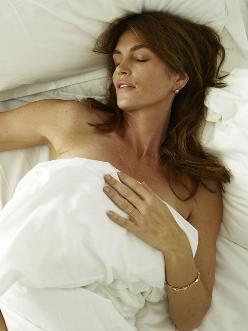 xnews2 Cindy Crawford w17