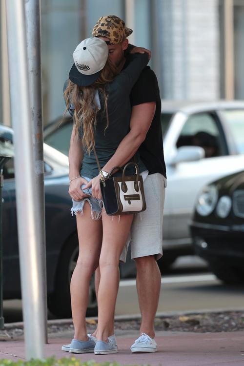 Nina Agdal & Boyfriend Reid Heidenry
