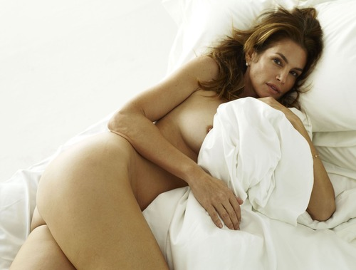 xnews2 Cindy Crawford w11