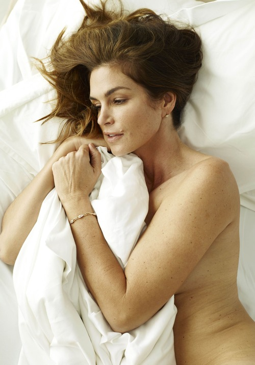 xnews2 Cindy Crawford w23