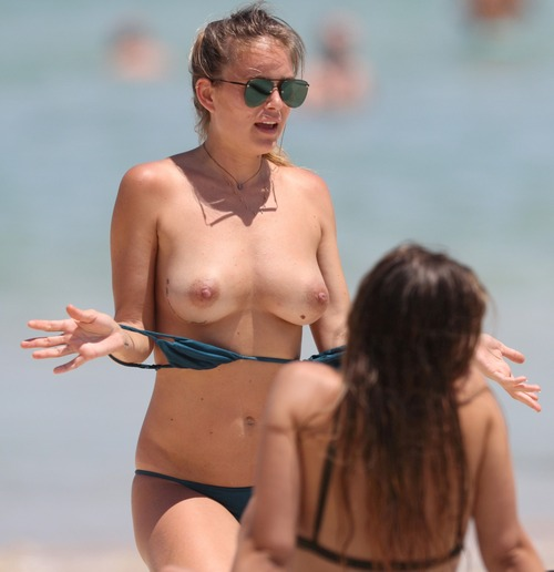 Kendal Schuler Topless On The Beach