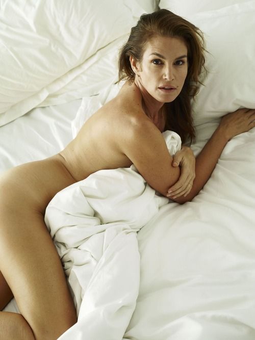 xnews2 Cindy Crawford w13