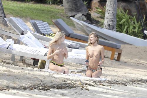 Edita Vilkeviciute Topless (5)