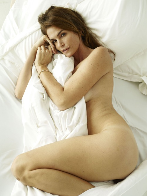 xnews2 Cindy Crawford w21