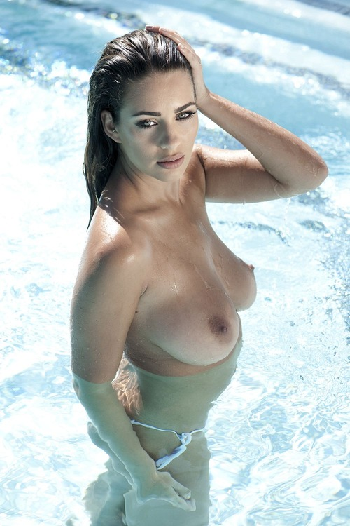 Holly Peers - Page 3 - 2015-07-03 - 3