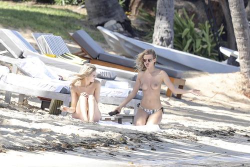 Edita Vilkeviciute Topless (3)