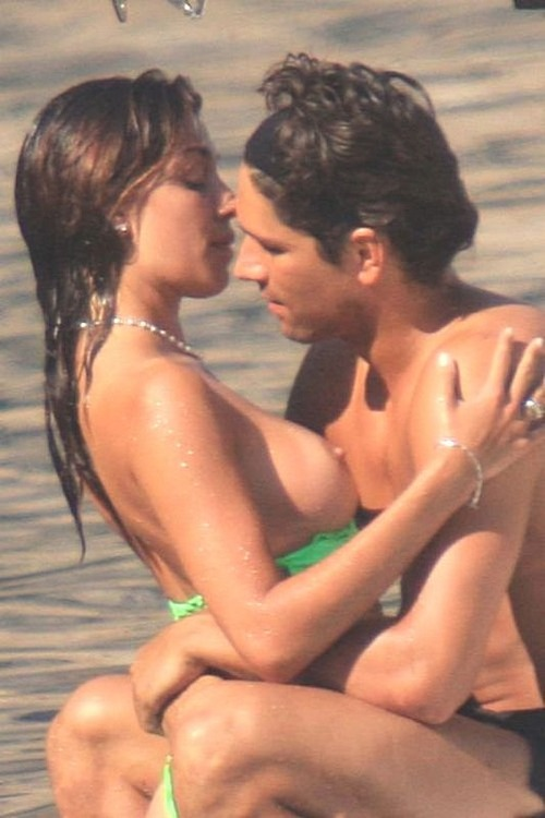 Belen Rodriguez - topless Candids at the beach (3)