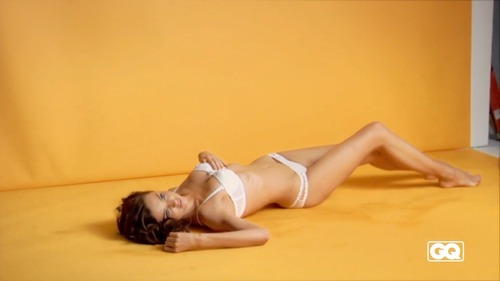 Miranda Kerr - bikini & undies GQ Photoshoot (9)