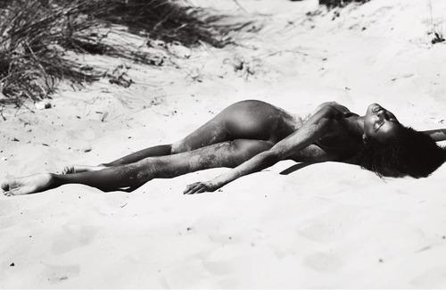 Ebonee Davis (3)