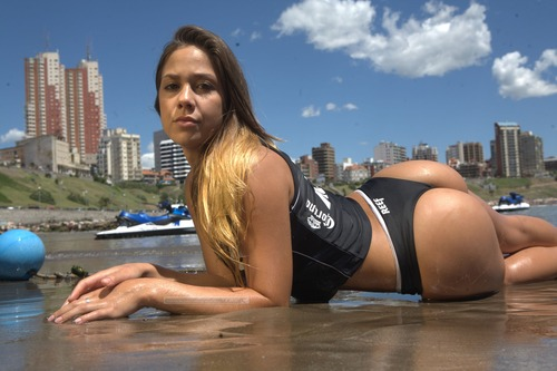 Victoria Alvarez - Miss Reef 2011 Photoshoot