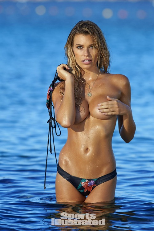 samantha-hoopes-2016-photo-sports-illustrated-x2