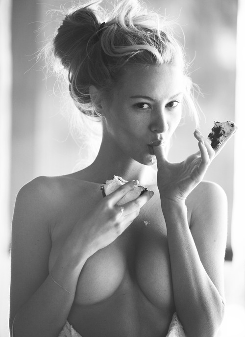Bryana Holly (7)