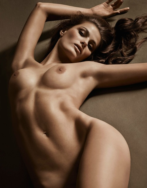 Lui 2015-12_2016-01_Isabeli Fontana (2)