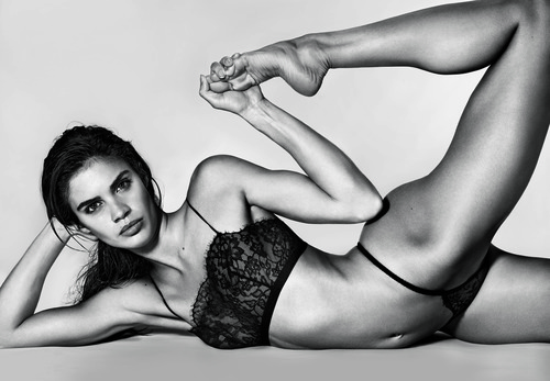 12_Sara-Sampaio_10-Magazine-58-by-Richard-Burbridge