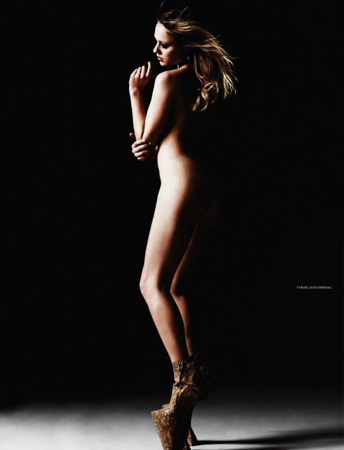 Zippora Seven  L'Officiel March 2012 (5)