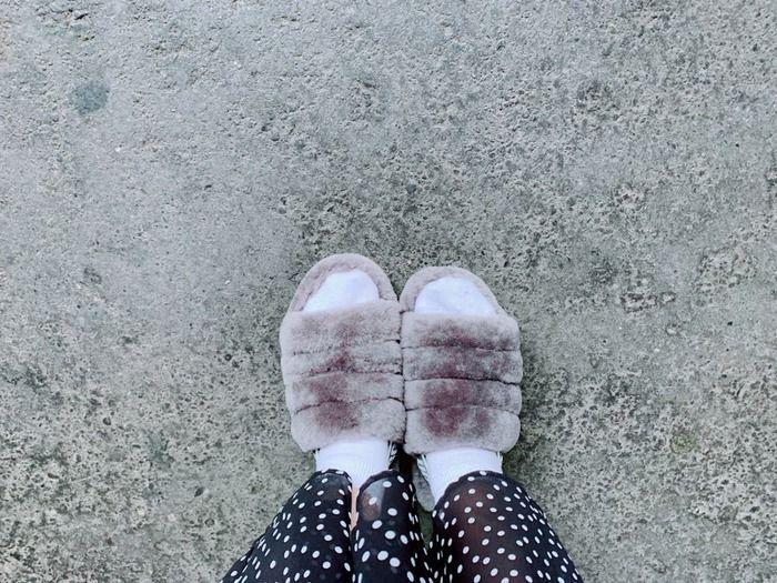 【悲報】おしゃれな靴を選んだら雨が降ってきてしまう