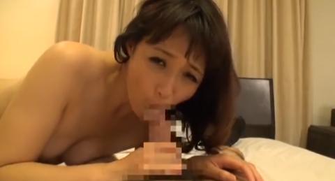 【エロ動画】「お詫びとして、私の膣に…」母が行う体当たりな謝罪
