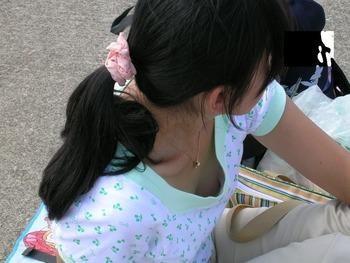 149胸チラ20120316