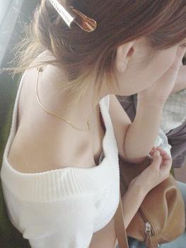311胸チラ20120316