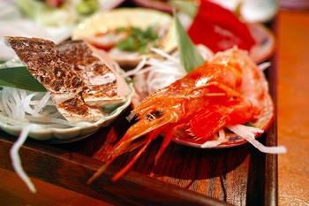 https://pixabay.com/ja/photos/和食-日本食-居酒屋-1762498/