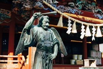 shrine-5465422_640