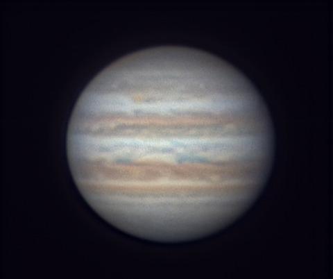 2017-06-04-1252_7-RGB-Jup_lapl4_ap28_Drizzle30_w_p_cut