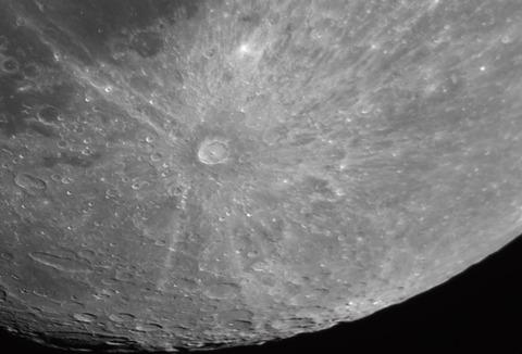 2017-09-04-1152_0-RGB-Moon_lapl5_ap7347_w