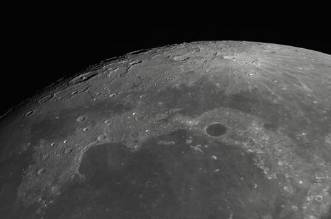 2017-09-04-1235_4-RGB-Moon_lapl5_ap5446_w