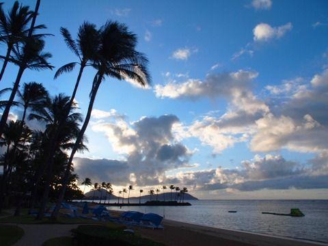 travel_hawaii_kahala_beach_02