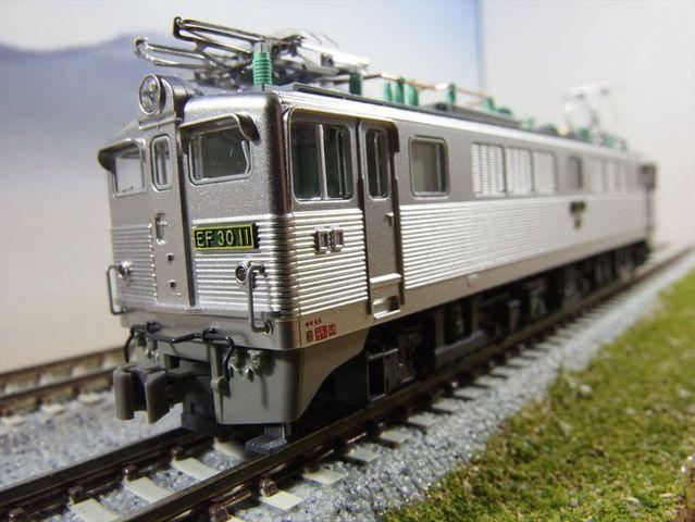 EF30 1