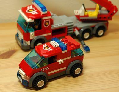 LEGO 消防車 小型前_R