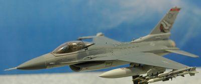 F-16 OK飛行左前から_R