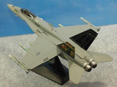 FA-18左後ろ上_R