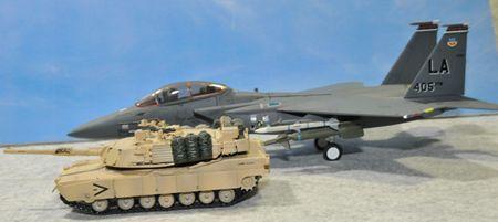 4 戦車とF15_R