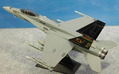 FA-18左後方_R