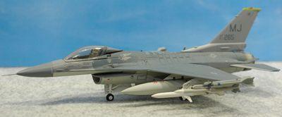 F-16C MJ左側面_R