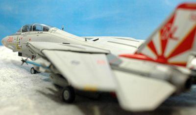 41 F-14 VF-111_R