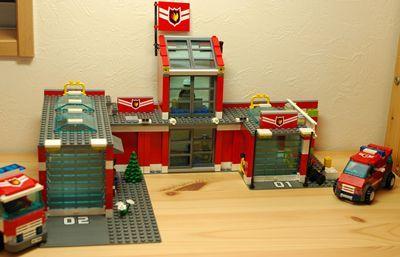 LEGO 消防署正面_R