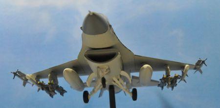 2-4 F16_R