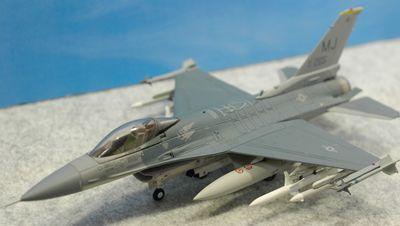 F-16C MJ左上_R