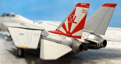 40 F-14 VF-111_R
