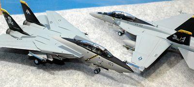 31 F-14 F-18_R
