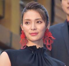 女優と呼ばないで 秋元才加、肩書へのジェンダーバイアスに疑問「フラットに考えたい」