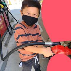 小原正子、「危な過ぎる」長男にガソリン給油させ非難轟々