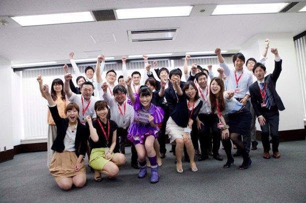 news_large_momoclo_takagi_lotte_03