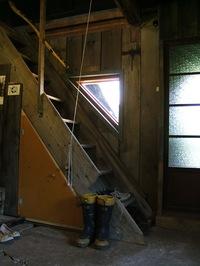 2階へは・・・