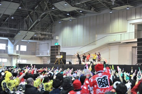news_large_momoclo_1715