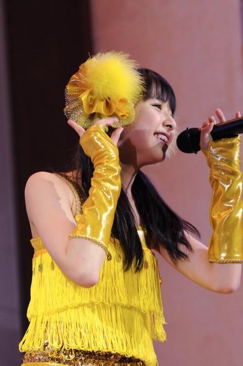 news_large_momocloz_0517_shiori