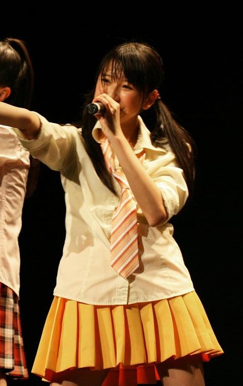news_large_momoclo_0327_shiori