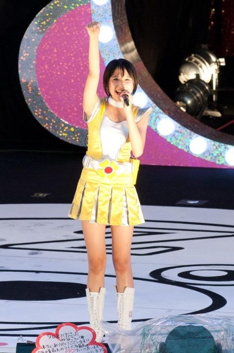 news_large_momocloZ_0820_shiorin